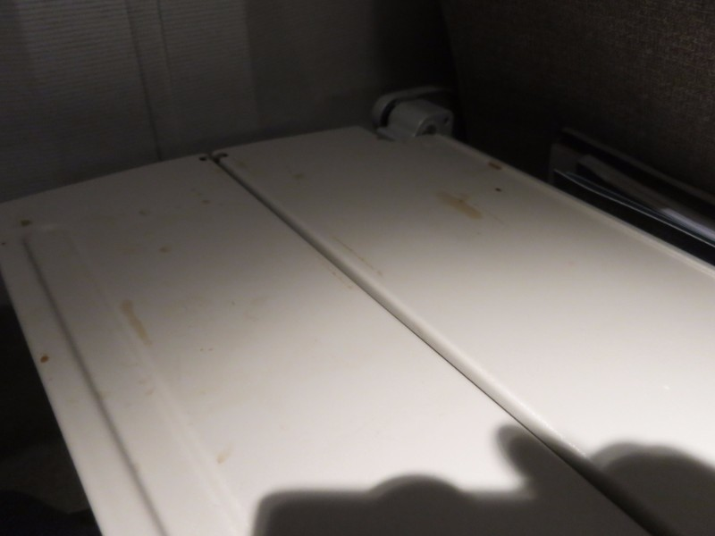 Dirty Tray Table